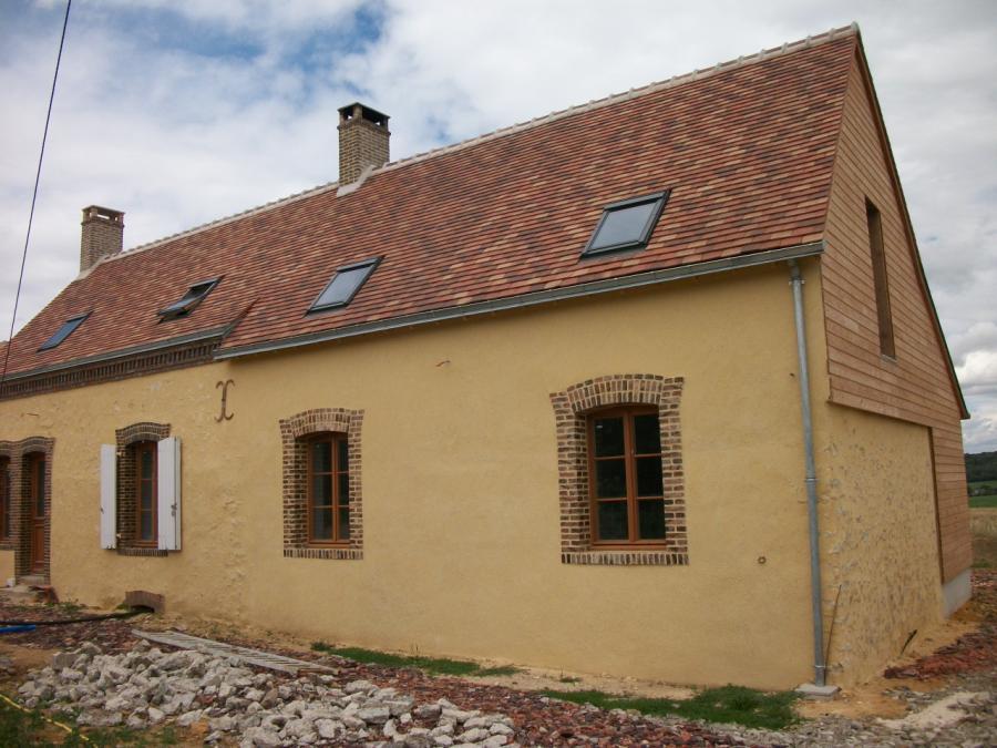 Maison après rénovation de la charpente et de la couverture tuiles